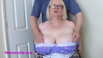 Sallys partner gets her tits out