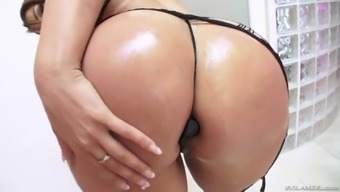 miss raquel in sexy outfit shows her butt wit a toy in it