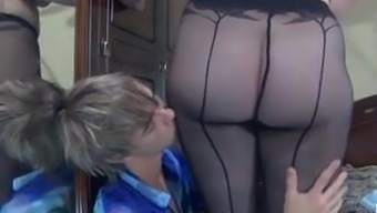Boy fucked mature chubby in pantyhose