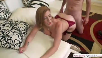 lucky stud is tempted by ripe and thick mommy sara jay