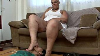 Huge fat blonde milf with a foot fetish gets pleasured
