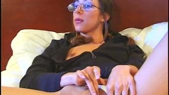 Attractive nerd chick  masturbates in bed in front of her boyfriend