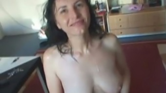 Sweaty ugly pale brunette stands on knees and gives a blowjob for sperm