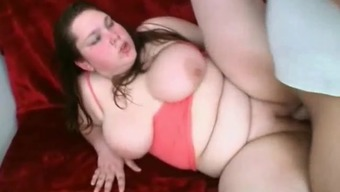 Horny Fat BBW GF with shaven Pussy getting fucked