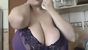 The BBW-Goddess - Alicia in Home