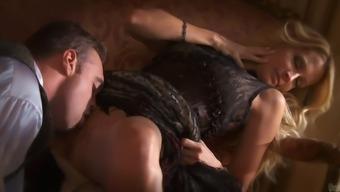 Fantastic Jessica Drake Gets A Rimjob Before Going Hardcore