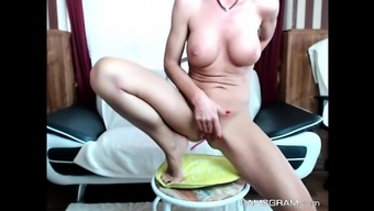 Perfect Big Tits Model Loves To Show Off On Cam
