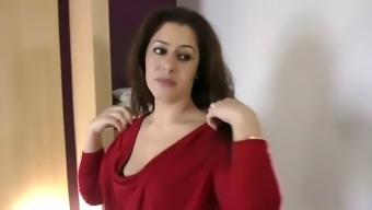 Nadia loves dicks