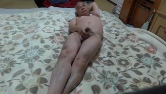 construction in the nude on a mattress