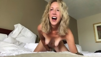 Morning Sex with my Xhamster Friends - Women, Too!