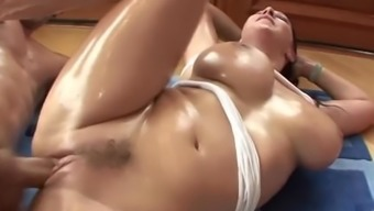 Oiled big tits and ass sexdatemilf. com