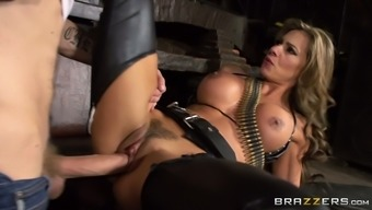 Esperanza Gomez is a must see bombshell who knows how to fuck sexily