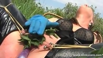 Pussy nettles and squirting