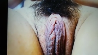 Teen pussy close up on cam pt.1