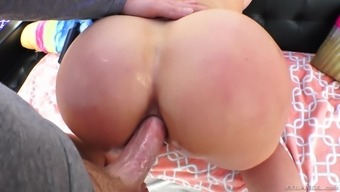 Curvy MILF Ryan Conner bends over for an ass fucking session