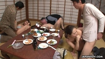 Neighborhood slut Kiyoha Himekawa and her frien