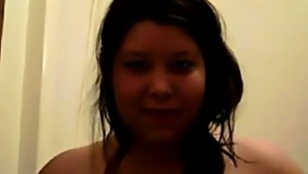 Chubby Teen Showing On Cam