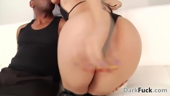 Accepted anal challenge with Mandingo