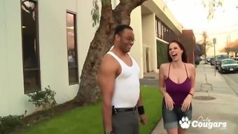 Giant breast Gianna Michaels enjoy over huge black cock