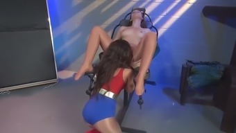 superheroine and ivy green 2