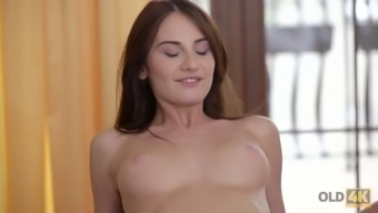 Skilled fucker knows how to make sweet Russian GF Lana Ray cum several times