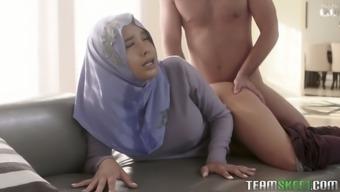Arab wife in hijab Aaliyah Hadid gets her ass hole fucked