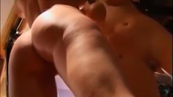 Freya whipping the bimbo's ass