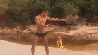 Pleasing a hard stranger's cock on the beach is amazing for Paloma Sanchez