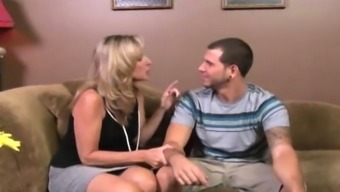 Teen Visits Her Step-mom With Her New Boyfriend