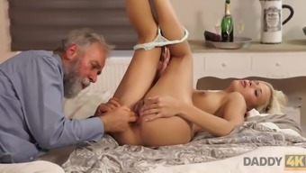 Old and young porn action of Ria Sunn and her BFs father