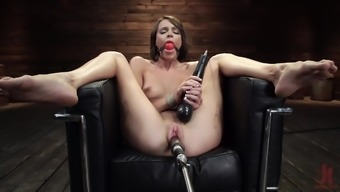 Sex toys can please the sexual desires of horny milf Emma Hix