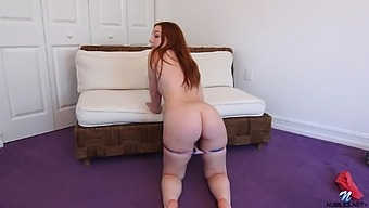 Gal named Amber Addis gets rid of denim shorts to tease her wet pussy