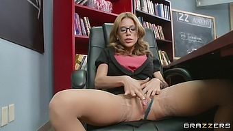 Mother I'd like to fuck Aleksa Nicole fucked in pussy and ass