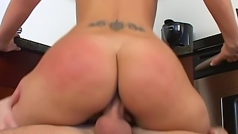 Tanned blonde with big booty Alexis Malone is fantastic cock rider