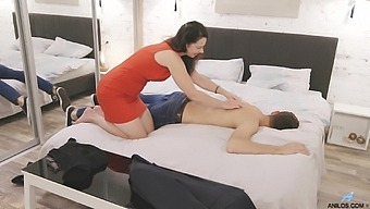 Mommy rides cock like a pro after sucking son's dick in insane modes