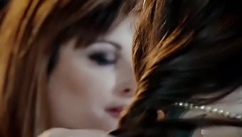 Ava Courcelles And Clea Gaultier Lesbian Sex