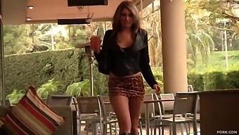 Young slut Nina Rae masturbates with hitachi dildo during sex