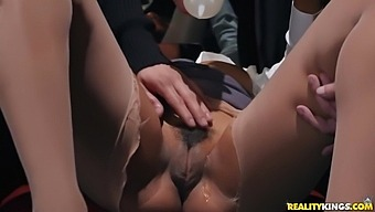 Jenna Fox And Brad Knight In White Dudes Serve An Ebony Hottie By Turns On The Table